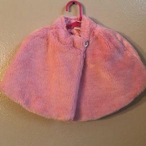 Gymboree pink faux fur cape size 7/8